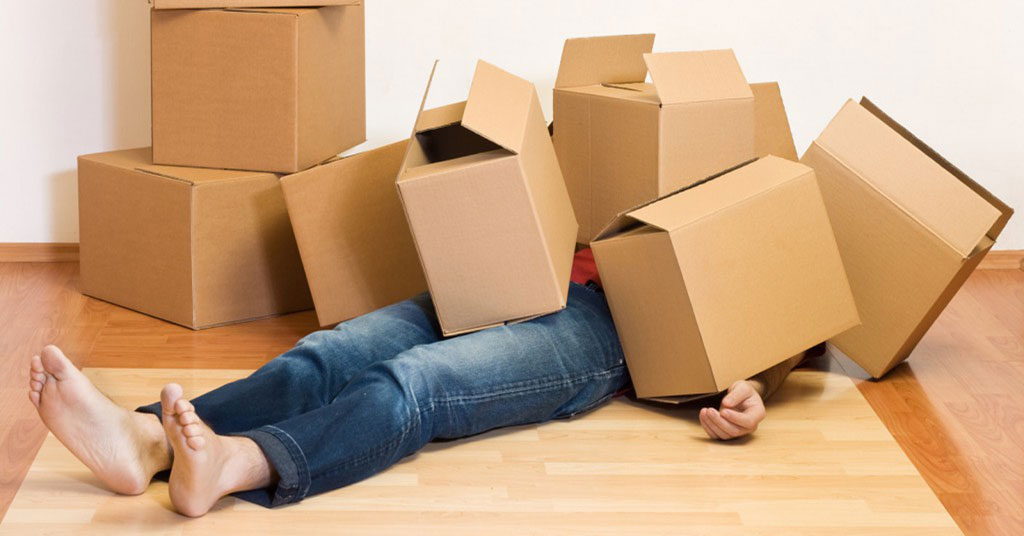 10 Reasons Why You Should Not Do a Move Yourself
