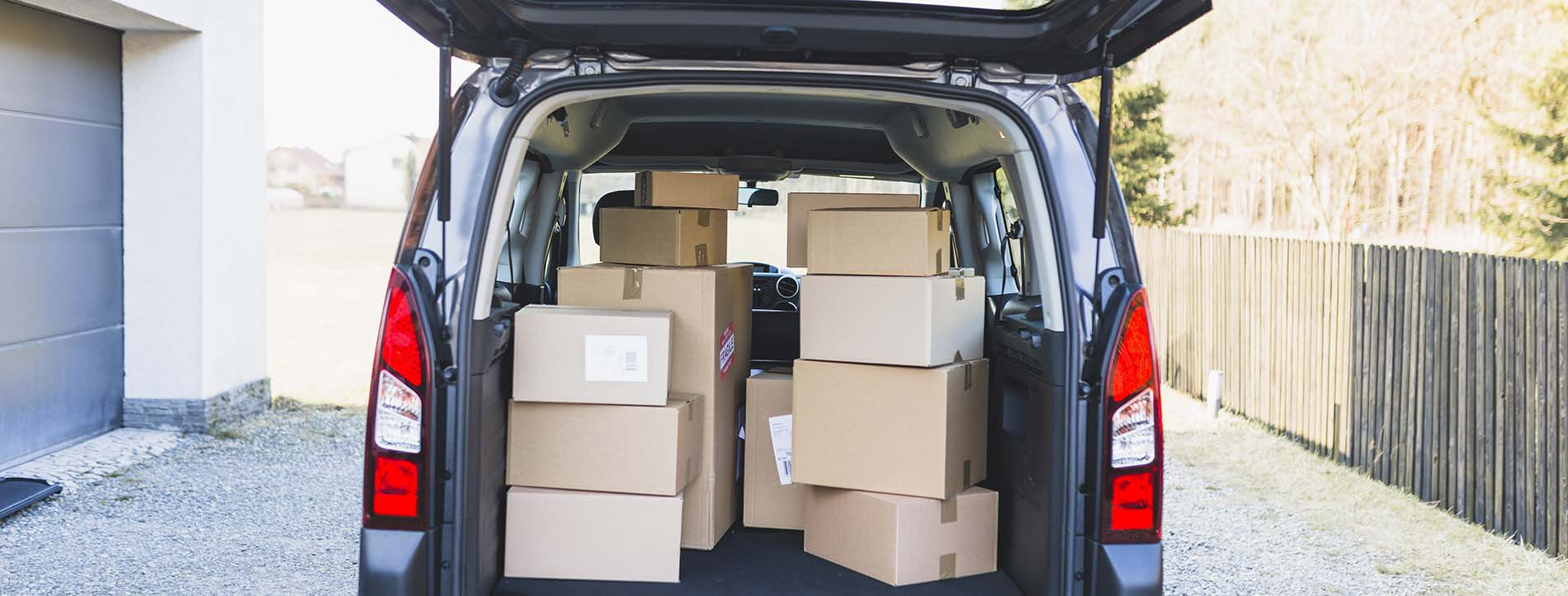 Free Moving Boxes in the Car